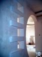 Декоративна преграда с ниши и рафтове от гипсокартон